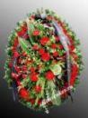 Траурный венок из живых цветов N2 80см-170см